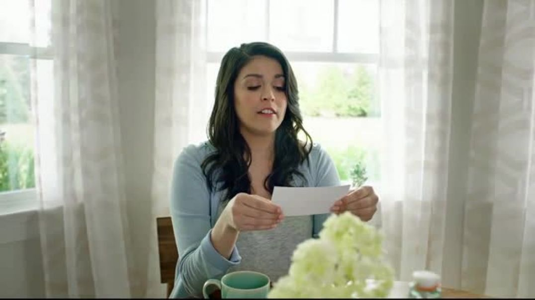 Triscuit  Non-GMO Project Verified Featuring Cecily Strong TV Commercial