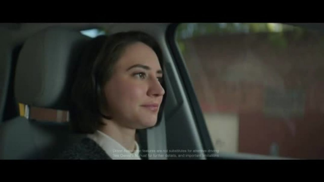 Audi Q5 TV Commercial Progress Is Confidence in Chaos