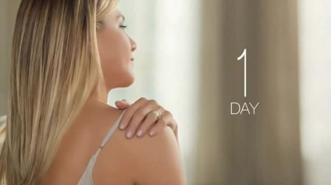 Aveeno Daily Lotion TV Commercial Time is Valuable Featuring Jennifer Aniston Commercial - TVCAD.c
