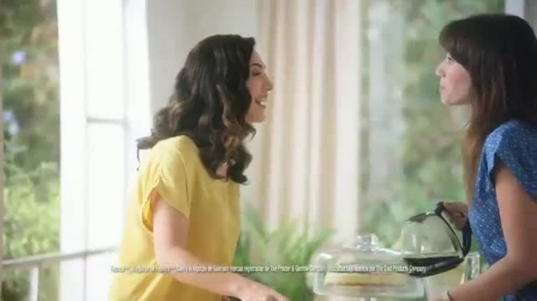 Glad OdorShield with Gain and Febreze New TV Advert Vecina entrometida Commercial