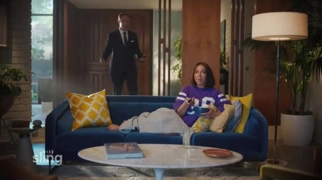 Watch Sling TV Commercial Ad, Ankle Bracelet Featuring Maya Rudolph