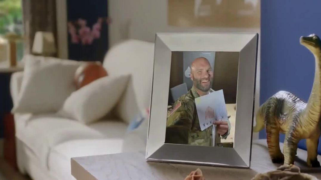 Watch Nixplay TV Commercial Ad, Military Family.mp4
