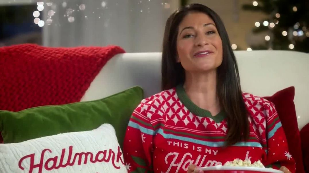 Watch Hallmark Gold Crown Stores TV Commercial Ad, The Heart of Christmas Featuring Larissa Wohl