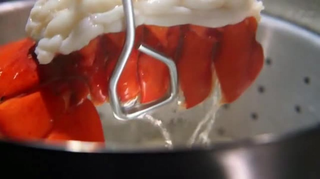 Outback Steakhouse TV Commercial Ad Steak & Lobster is Back Lunch Combo .mp4
