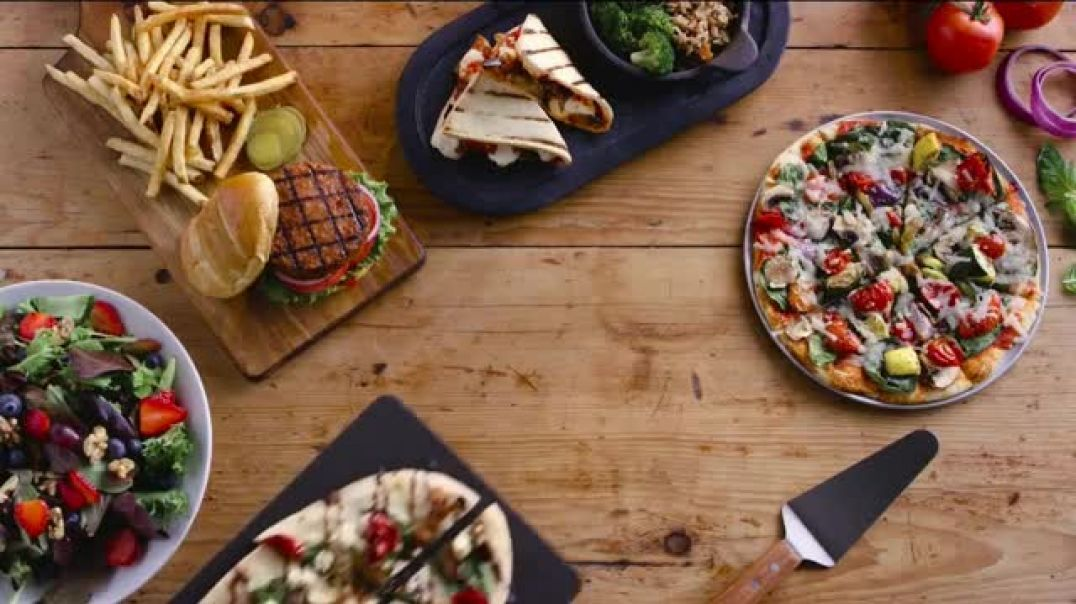 Uno Pizzeria & Grill Love All Ad Feed All Menu TV Commercial Ad Vegetarian Menu Options