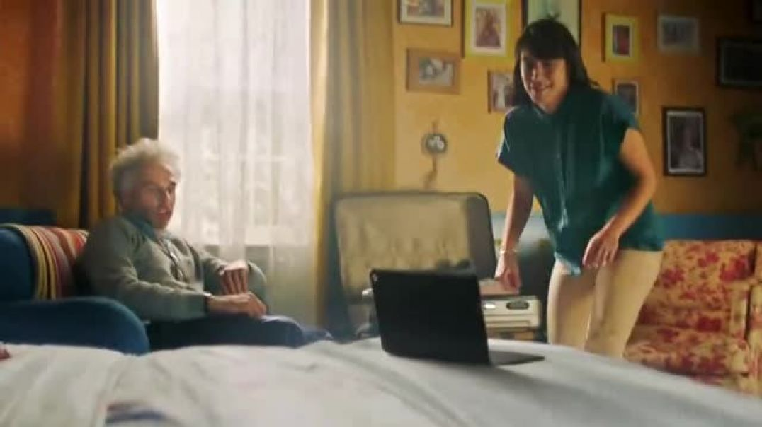 Google Chromebook TV Commercial Ad Switch to Chromebook Watch Netflix Offline.mp4
