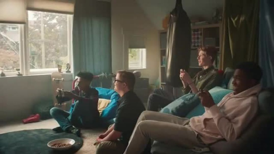 Nintendo Switch & Nintendo Switch Lite TV Commercial Ad Our Favorite Ways to Play.mp4