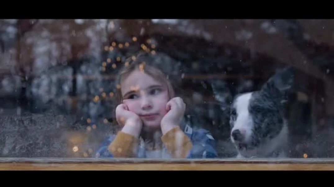 Microsoft TV Commercial Ad Holiday Magic Lucy & the Reindeer.mp4