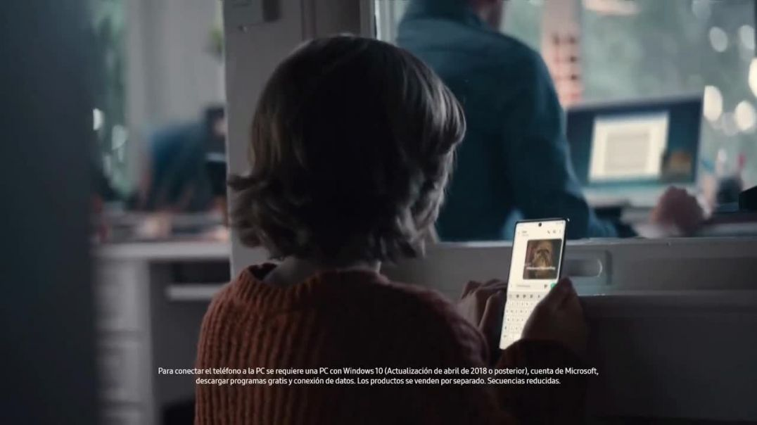 Samsung Galaxy TV Commercial Ad Conecta tu Galaxy estas fiestas.mp4