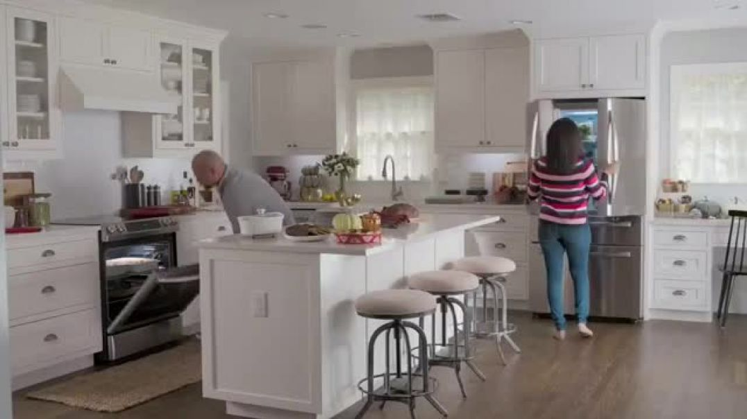 Lowes Cyber Deals TV Commercial Ad Do Hosting Right LG Refrigerator.mp4