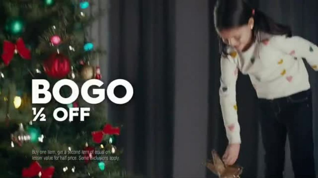 Famous Footwear TV Commercial Ad Holiday Never Ending Tree.mp4