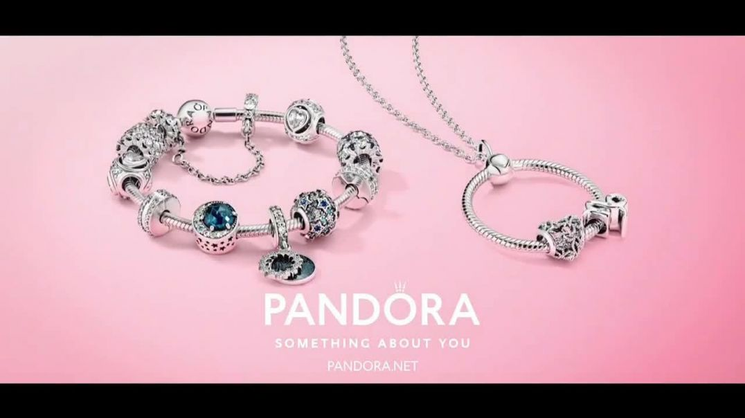 Pandora TV Commercial Ad Holidays Show Her You Know Her.mp4