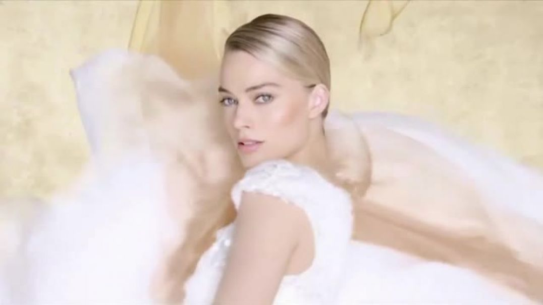 Chanel Gabrielle Essence TV Commercial Ad The New Eau De Parfum Featuring Margot Robbie, Song by Bey