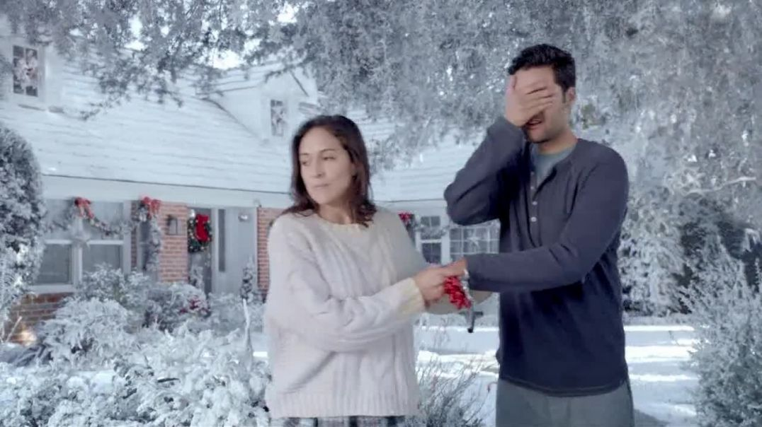 Hyundai Holidays Sales Event TV Commercial Ad, The Envy of Your Neighborhood.mp4
