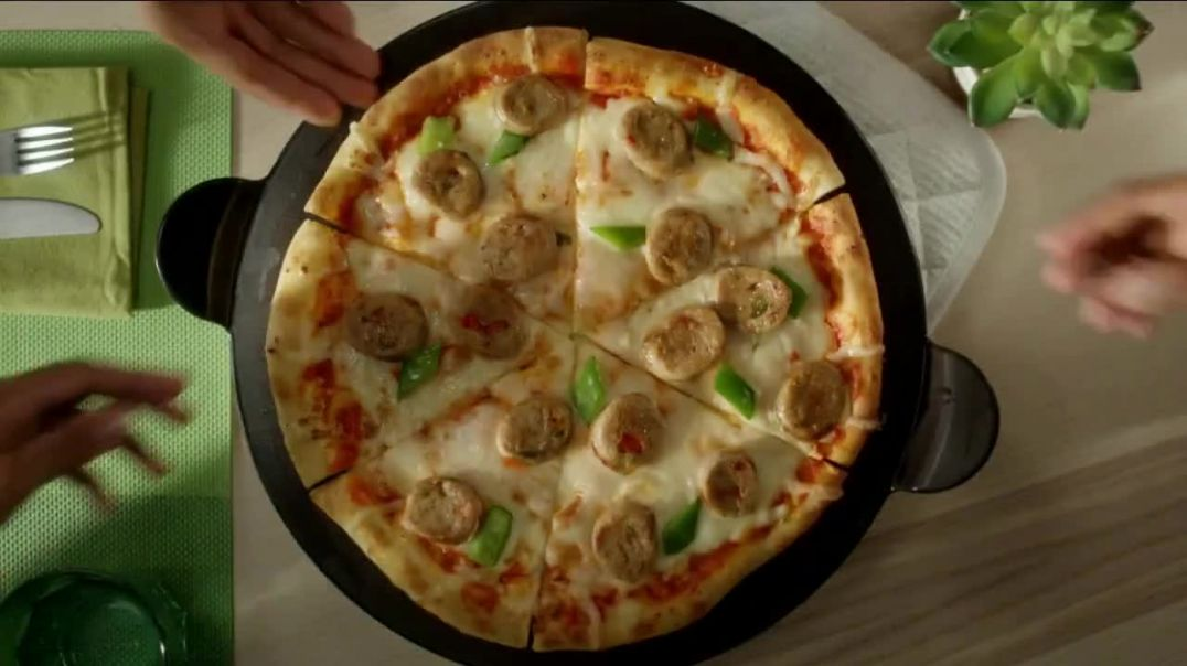 Al Fresco All Natural Sweet Italian Style Chicken Sausage TV Commercial Ad, Pizza.mp4
