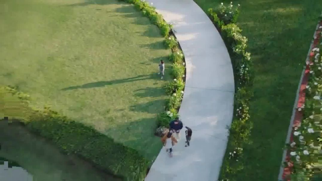 National Association of Realtors TV Commercial Ad, Look for the R