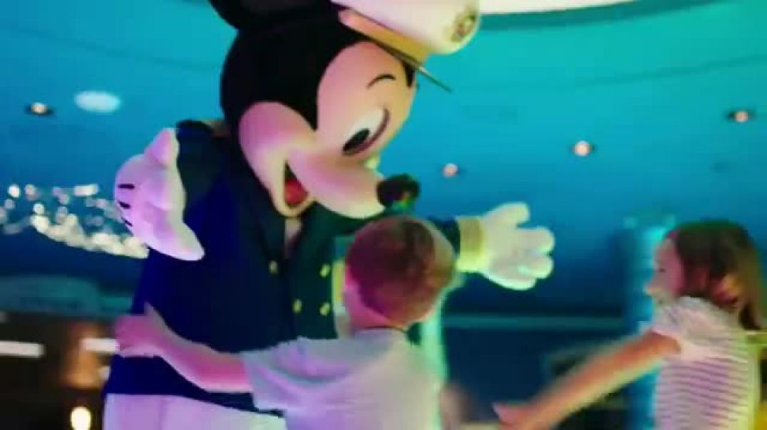 Disney Cruise Line TV Commercial Ad, Alex and Bryton Look for Mickey Mouse