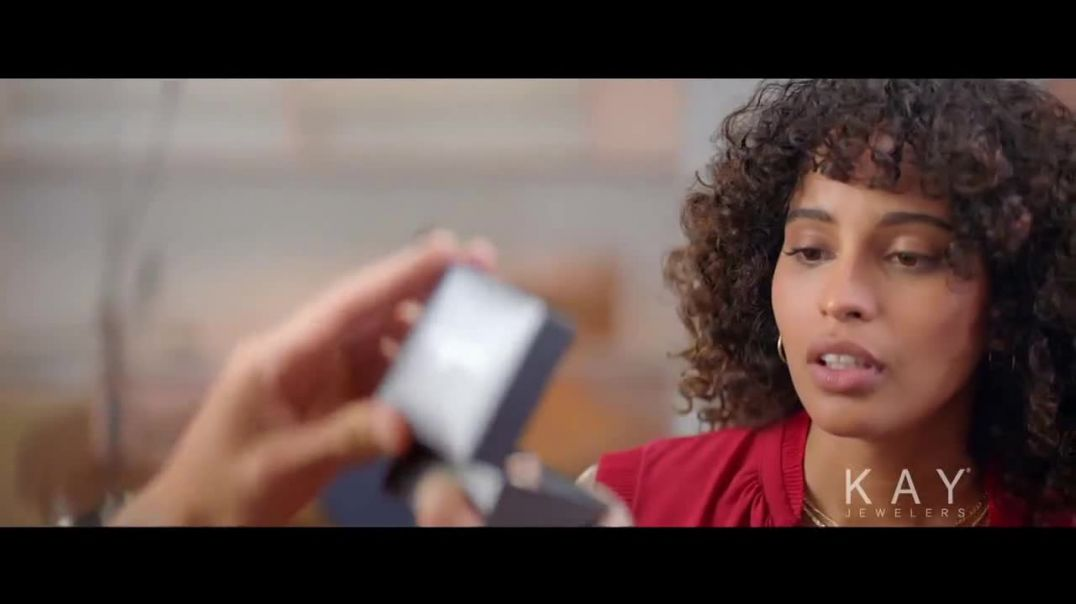 Kay Jewelers TV Commercial Ad 2020, Now & Forever desde $1,000 dólares canción de Harrie