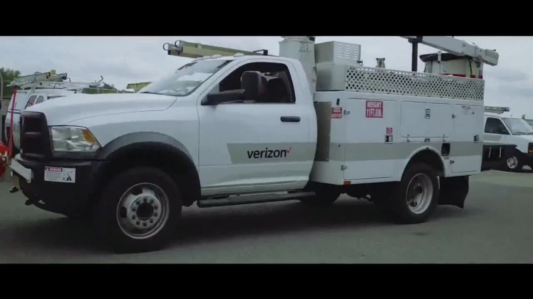 Verizon TV Commercial Ad 2020, Stand Up