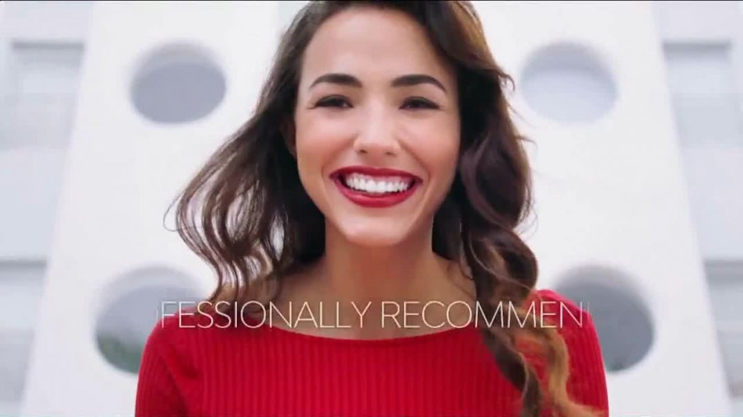 Colgate Optic White Platinum TV Commercial Ad 2020, Beauty Bloggers Featuring Marianna Hewitt, Jade