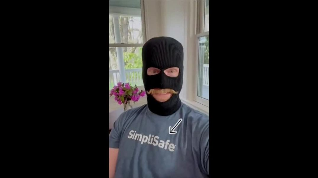 SimpliSafe TV Commercial Ad 2020, Robbert- Set It Up Yourself