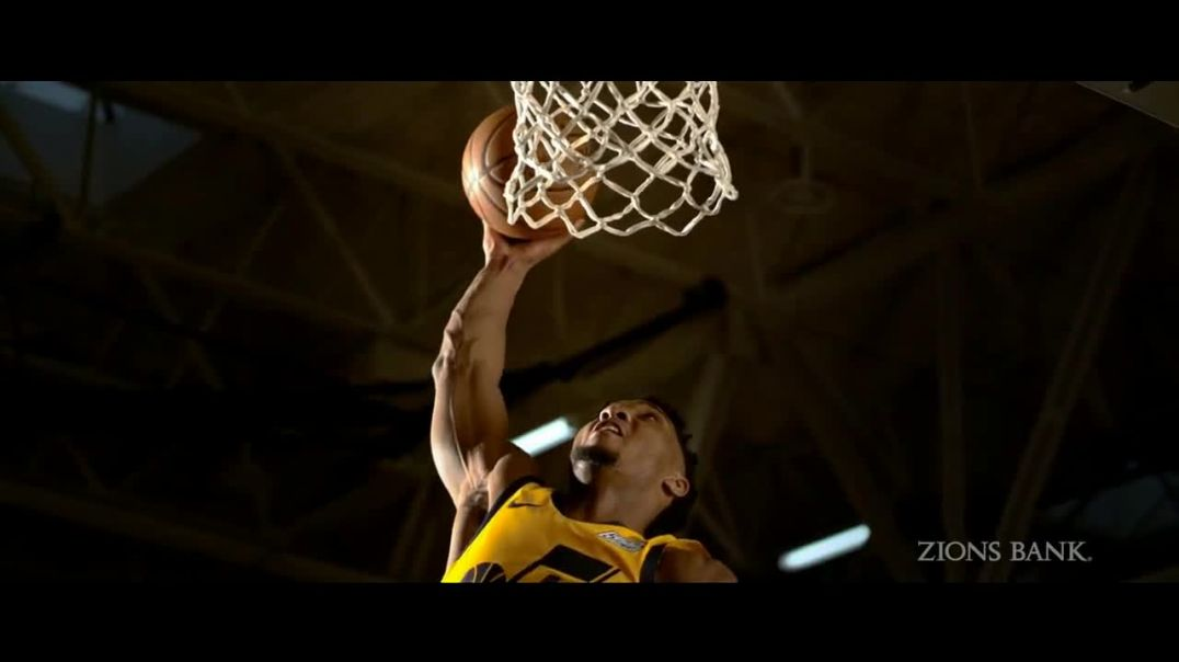 Zions Bank TV Commercial, 'In Flight' Featuring Donovan Mitchell, Song by Michael Shynes -