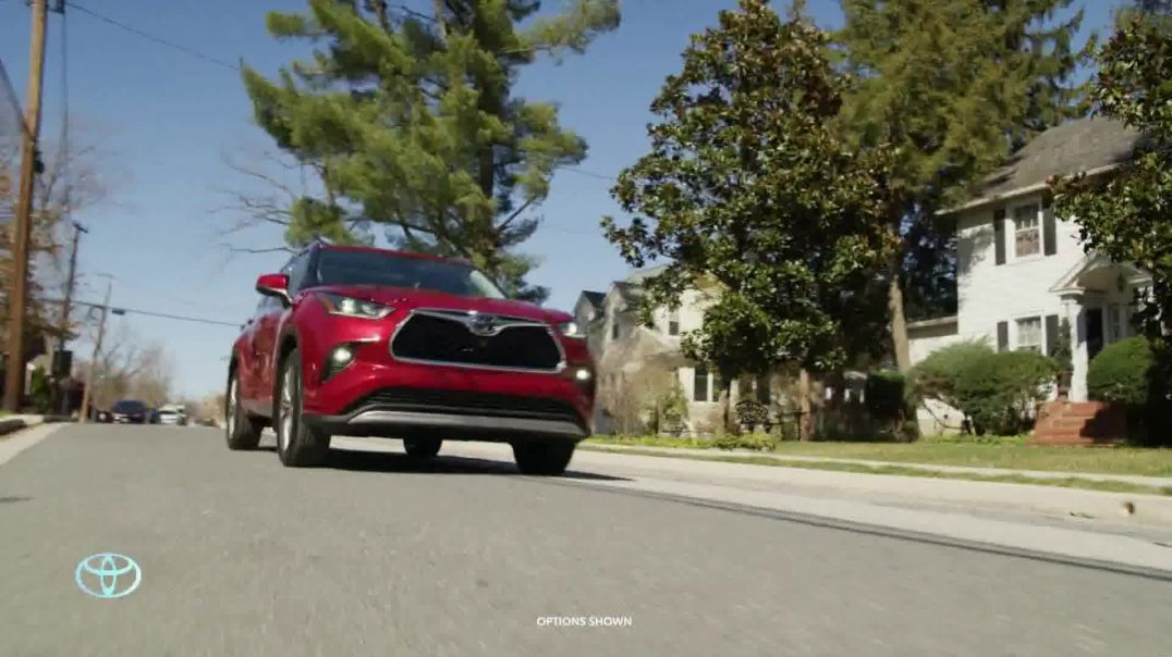 2020 Toyota Highlander TV Commercial Ad 2020, You Look Awfully Good- Neighborhood Drive]