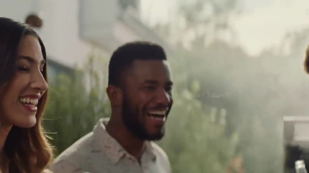 Corona Extra TV Commercial Ad 2020, Backyard Beach Song by Khruangbin