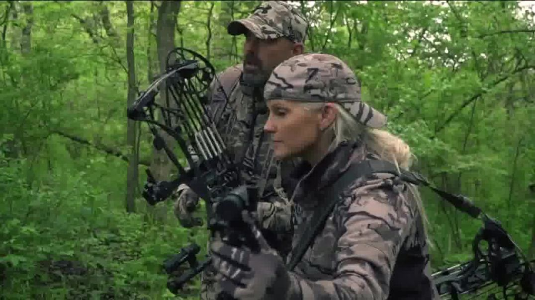 Tactacam TV Commercial Ad 2020, Good for Moms Featuring Lee and Tiffany Lakosky