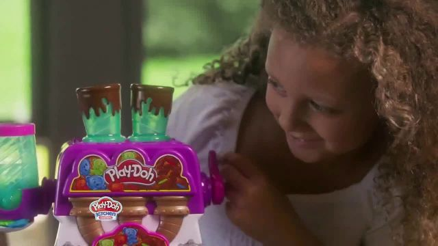Play-Doh Kitchen Creations Candy Delight Playset TV Commercial Ad 2020, Crank Out Candies