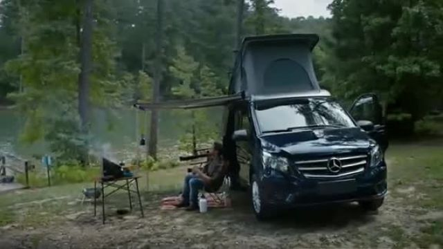 Mercedes-Benz TV Commercial Ad 2020, The Extra Mile