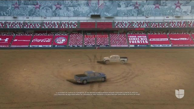 Toyota TV Commercial Ad 2020, La cancha difícil- fútbol In Spanish
