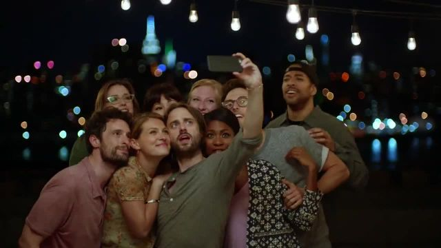 Samsung Galaxy S6 Edge TV Commercial Ad, Change the Way You Take a Selfie