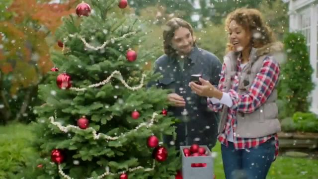 Fred Meyer Jewelers Friends and Family Sale TV Commercial Ad 2021, Shop Like Family