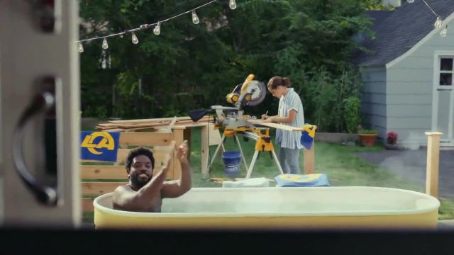 Lowe's TV Commercial Ad 2021, 1101 Russel Street