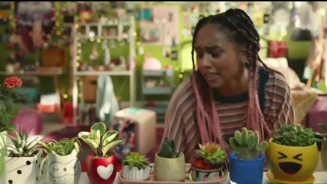 Facebook Groups TV Commercial Ad 2021, House Plant Hobbyist