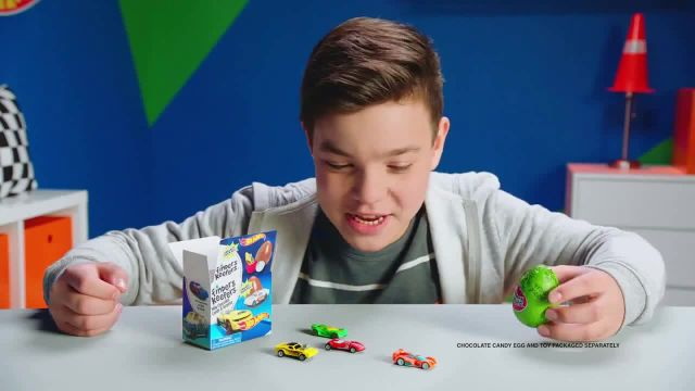Finders Keepers Hot Wheels TV Commercial Ad 2021, Revving It Up