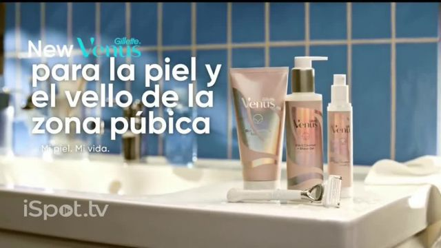 Venus Pubic Hair and Skin Razor TV Commercial Ad 2021, Piel delicada
