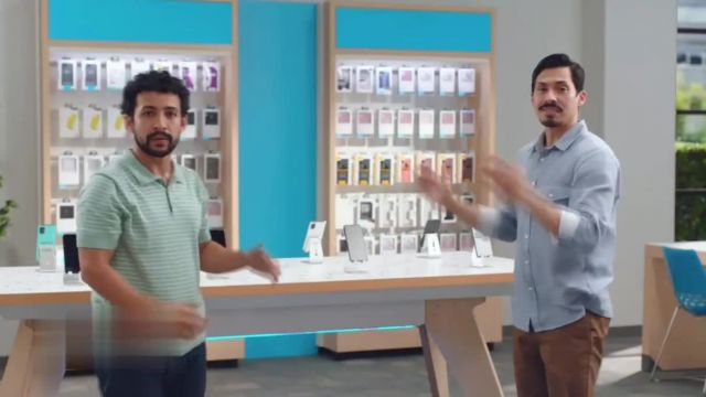 AT&T Wireless TV Commercial Ad 2021, Best Deals Back to School- poquito
