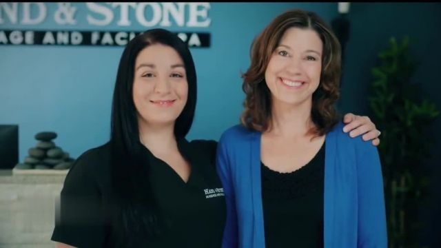 Hand & Stone Christmas in July Gift Card Sale TV Commercial Ad 2021, Hooked- $69 Massage or Facial Gift Card